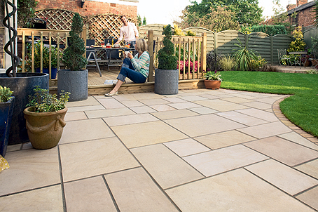 picture of clean patio