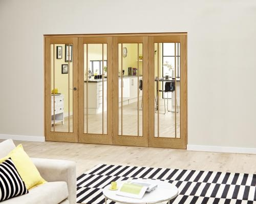PREFINISHED Worcester Oak Roomfold Deluxe - Clear Glass: Interior Folding Door with Low Level Guide Rail Image