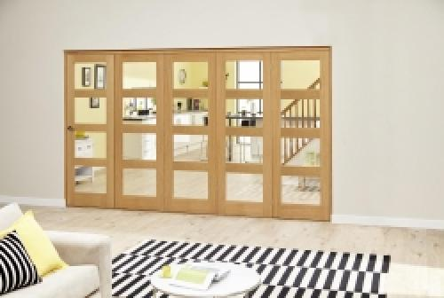 OAK 4L Roomfold Deluxe - Clear Glass: Interior Folding Door with Low Level Guide Rail Image