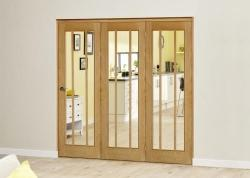 Lincoln Oak Roomfold Deluxe ( 3 x 686mm doors): Interior Folding Door with Low Level Guide Rail Image