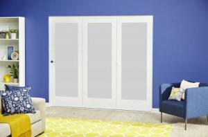 White P10 Frosted Roomfold Deluxe ( 3 x 686mm doors ),  Image