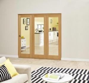 Prefinished P10 Oak Roomfold Deluxe (3 x 610mm doors),  Image