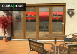 Climadoor Elite Oak Bi fold door 3000mm: 54mm fully finished Folding doorset Image