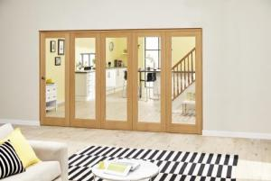 Prefinished P10 Oak Roomfold Deluxe (5 x 610mm doors),  Image