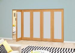 Frosted P10 Oak Roomfold Deluxe (5 x 762mm doors): Interior Folding Door with Low Level Guide Rail Image