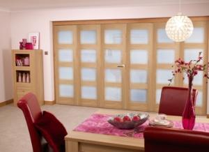 Oak 4L Shaker Glazed Roomfold (3+3 x 2