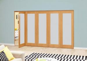 Frosted P10 Oak Roomfold Deluxe (5 x 610mm doors): Interior Folding Door with Low Level Guide Rail Image