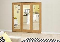 Oak Roomfold Deluxe - Clear Glass: Interior Folding Door with Low Level Guide Rail Image